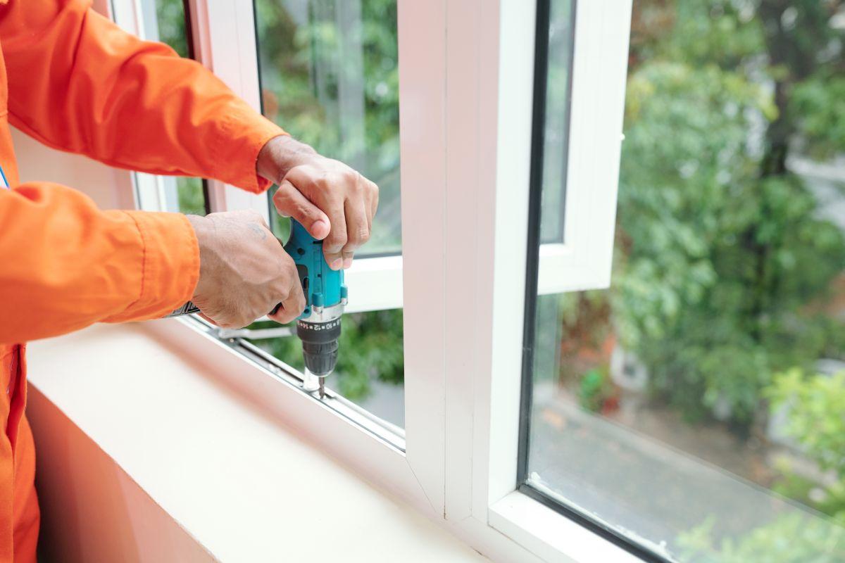 Czy warto zamontować okna plastikowe PCV?